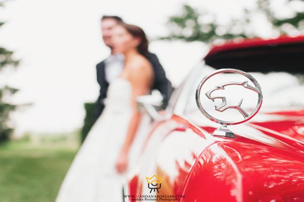 ژست عروس و داماد با ماشین
