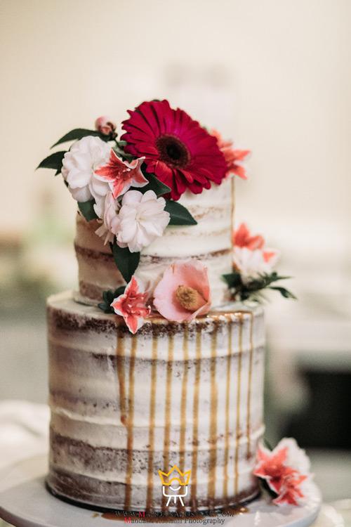 گرفتن عکس کیک عروسی
