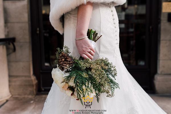 دست گل زمستانی عروس