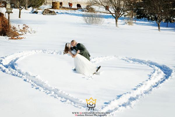 عکس هنری عروس و داماد در برف