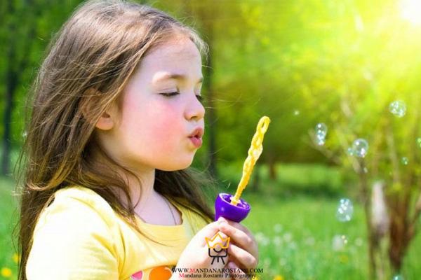 عکاسی کودک با ساده ترین تجهیزات