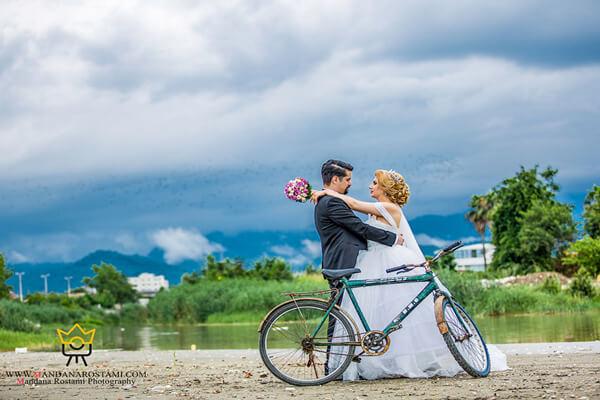 نمونه کار عکس عروس داماد در طبیعت