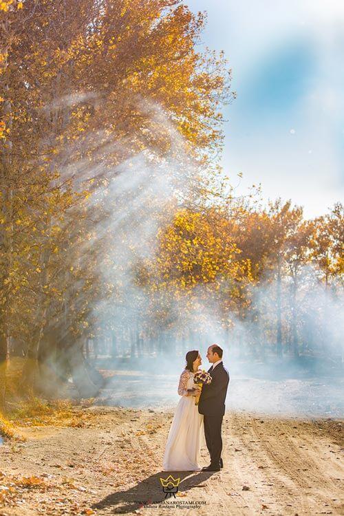 عکاسی عروس داماد در طبیعت