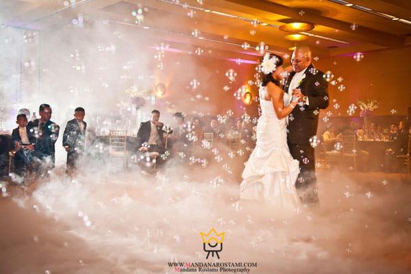 مدل عکس عروس و داماد در تالار