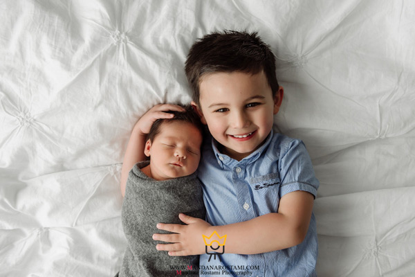 عکاسی کودک در منزل با آتلیه کودک ماندانا رستمی