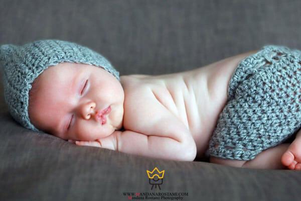 عکاسی از نوزاد در آتلیه