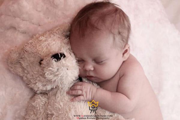ژست های مناسب برای عکاسی نوزاد در آتلیه